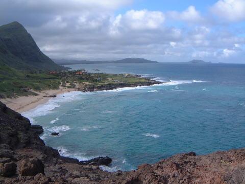 ハワイ(マカブーー岬) ※ココから見る景色も綺麗でした。ワイキキに比べ人も少なく景色の良いとこ.